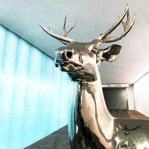 创意金属鹿雕塑